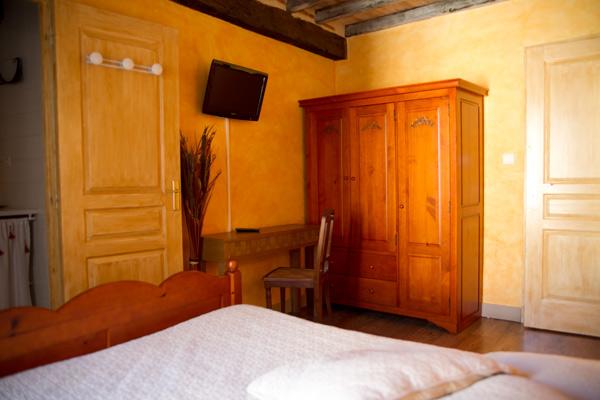 Notre Chambre D 39 H Tes Orange 2 Couchages La Romieu L 39 Etape D 39 Ang Line